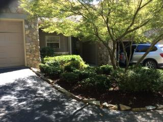 2 bedroom condo on Apple Valley Golf Course, Lake Lure