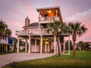 Dog-friendly 4BR with ocean views, perfect for kids!, Galveston