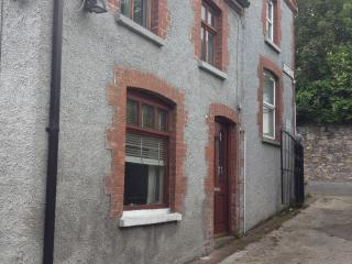 Smallest street in Ireland, Omagh