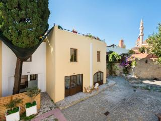 Mulberry Suite (Self-catering 2-bedroom Apt), Rhodes Town