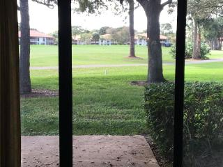 Golf Course View Cottage, West Palm Beach