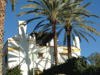 Exceptionally situated Townhouse on the Sea, Marbella
