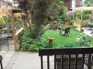 Rent 4 stars house in Montreal for memorable stay