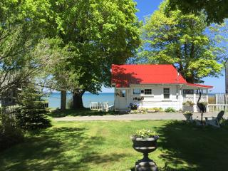 waterfront cottage, Lake Ontario, NY, Lyndonville