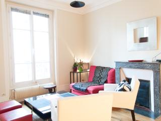 Renovated 2BR & 4 guests- near Montmartre