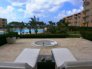 View Garden Two-bedroom condo - A145, Palm - Eagle Beach