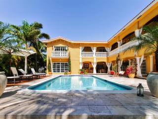 Amazing Value! Mediterranean-Style 6BR Hallandale Beach House w/Wifi, Heated Private Outdoor Pool, Gym, Large Decks & Endless Water Views - Near Beaches, Gambling, Shopping & More!
