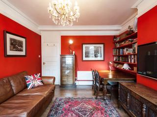 A Very Central & Beautiful Home from Home, London