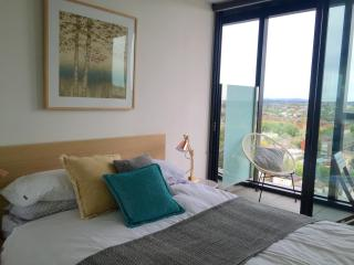 Stunning apartment, central location, amazing view, Melbourne