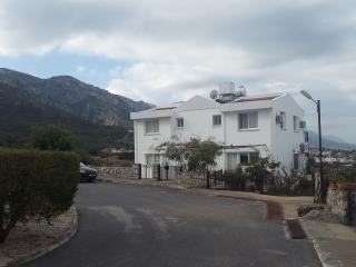 CATALKOY-KYRENIA SWEET HOLIDAY HOUSE, Catalkoy
