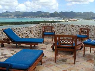 Terres Basses  Villa with Breathtaking Waterviews!