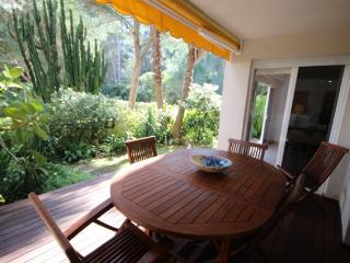 Great Cala Vinyes apartment with community garden