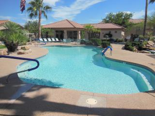 Condo Two Master BR's w/Bath in Each, Great Pool, Fountain Hills