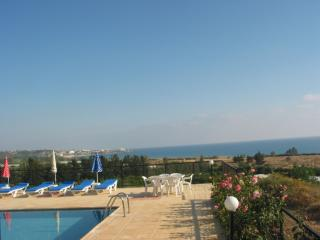 Perfect view,bungalow,en-suite,hospitality, Peyia