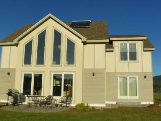Newer 4 Bedroom Vacation Rental Home on Owl`s Nest Golf Resort, Campton