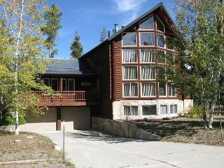 Beautiful Home in Downtown West Yellowstone!