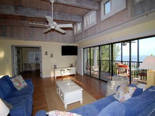 Luxurious three bedroom gulf front penthouse, Sanibel Island