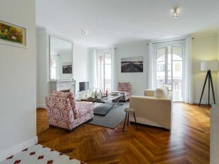 Appartement 2 chambres spacieux et chic, Nice