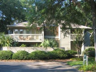 Nice Updated 2 Bed/2BA 1st Floor Villa, Hilton Head