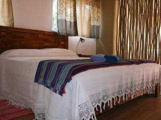 Beautiful Cottage for 2 in a green area, Randburg