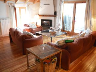 Comfortable village house with spectacular views, Triora