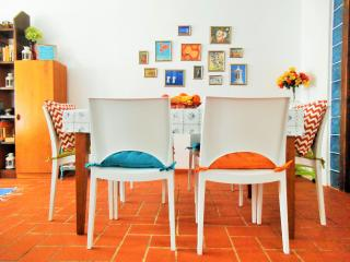 Charming Townhouse in Fuseta with Wifi and Terrace