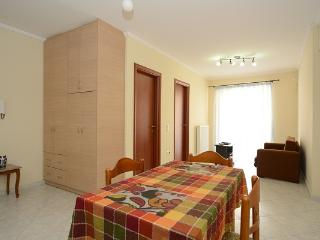 Apartment next to Athens center, Tavros