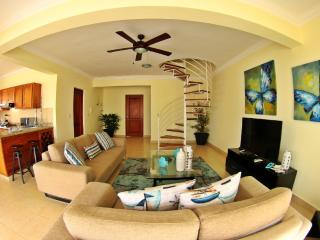 0042 – Ocean Front Penthouse for Rent Cabarete