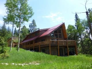 5 Bedroom Log Home - Great Views - Close to the, Deadwood