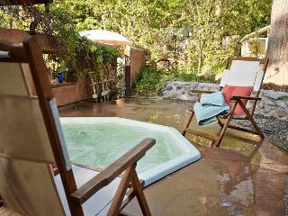 Amazing spanish property with spa and great kitchen, an entertainers dream, Idyllwild
