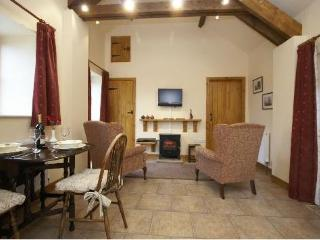 Charming and cosy retreat - Hindburn Cottage, Newton-on-Rawcliffe