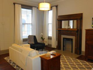 Downtown Executive Flat Great Convenient Location!, Chattanooga
