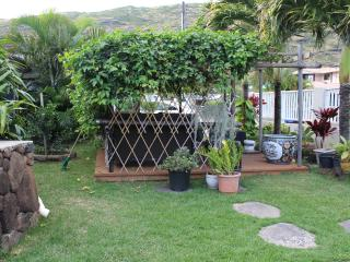 Spacious, quiet, comfortable 3 bedrooms & 2 baths, Hawaii Kai