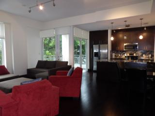 Luxury new large 1 bed * sleeps 4 * free parking, Miami