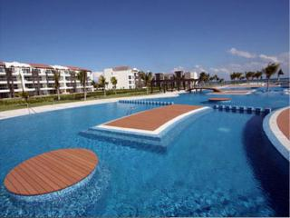 6bd Luxury Retreat Marea Azul - sleeps 12 guests, Playa del Carmen