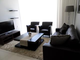 INFINITY Self Catering Apartment- 2 Bedroom, Bloubergstrand
