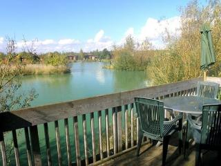 Luxury hot tub lodges in the heart of Yorkshire., Melbourne