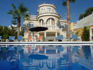 Luxury 4 Bed Detached Villa With Private Pool, Villamartin