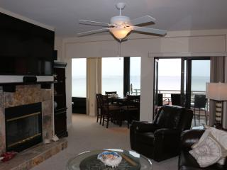 Comfy and Clean and a Great View - Palm Beach Club, Pensacola Beach