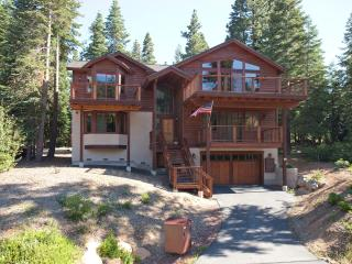 Shelton Kingswood Luxury Rental Home, Carnelian Bay
