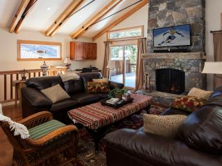 Pearce Dollar Point Vacation Rental Home, Tahoe City