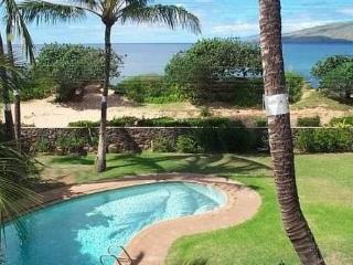 Tropical Oceanfront Estate with Pool, Kihei