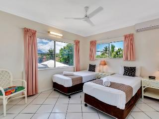 Koala Court - 2 Bedroom Family Apartments, Cairns