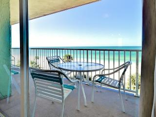 New Listing! Bright & Airy 3BR Indian Shores Condo w/Wifi, Large Private Patio & Dazzling Gulf Views - Unbeatable Beachfront Location! Easy Access to Disney World, Busch Gardens, John's Pass & More!