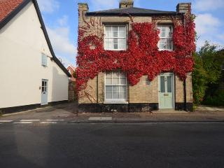 40949 Cottage in Norwich, Meopham