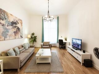 Spectacular 1 Bedroom Apartment in Berlin Near Ku'Damm