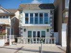 Wonderful Oceanfront Lower 2 bedroom near Newport Pier