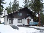 Huge, newly remodeled 4BR chalet blocks to Heavenly - HCH1000
