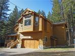 Spacious Tahoe Home with Pool Table and Large Backyard, Minutes from Heavenly and Lake Tahoe (HV17)