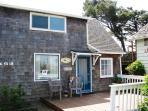 West Wind - Adorable 2 bedroom 2 bath cabin just steps to the beach sleeps 4 - 35567